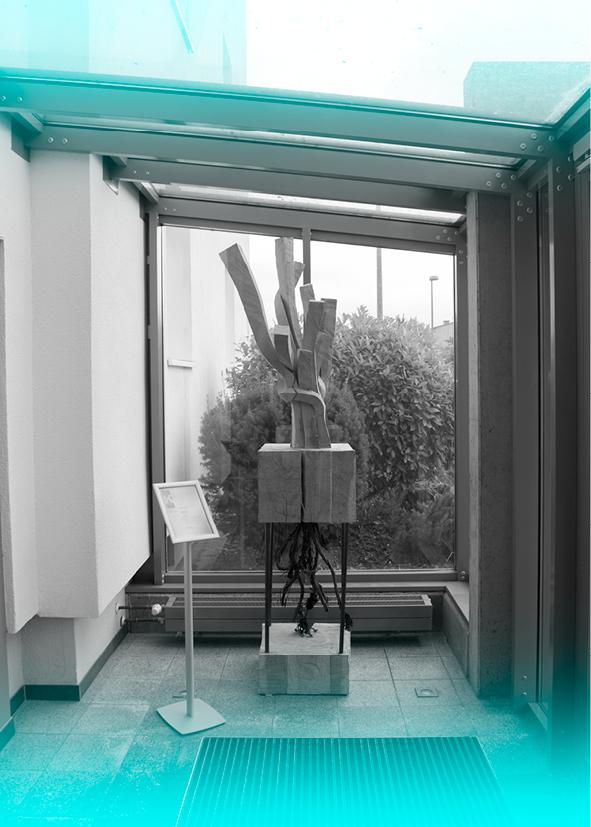 Foyer mit Kunstobjekt