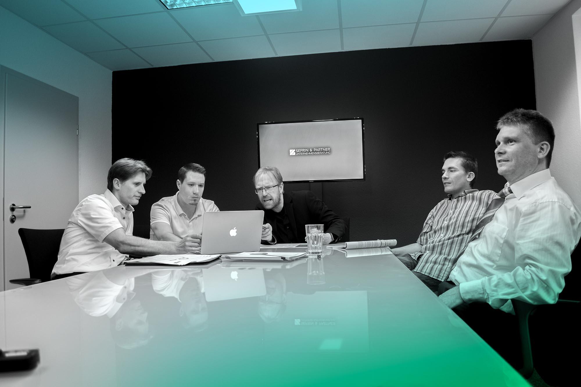 Team-Foto Sefrin & Partner Berater